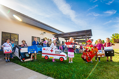 Kindergarten Transportation Parade May4 2018